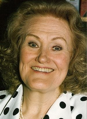 Joan Sutherland in 1990