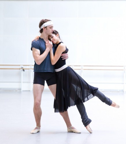 Yasmine Naghdi and Matthew Ball rehearsing Romeo and Juliet, Rehearsal photography by Andrej Uspenski ©ROH, 2015