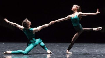 István Simon on the Semperoper Ballett dancing William Forsythe at the Palais Garnier, Paris